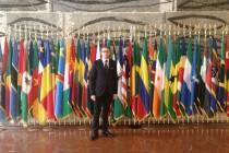 Io con le Bandiere di Tutta l'Africa